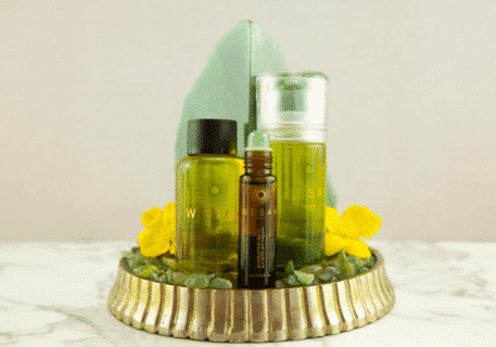 Elixir lunaire wesak paris parfum floral 50ml avec roll-on aventurine et pierre gemme d'aventurine infusée. Recharge élixir lunaire aventurine 50ml.