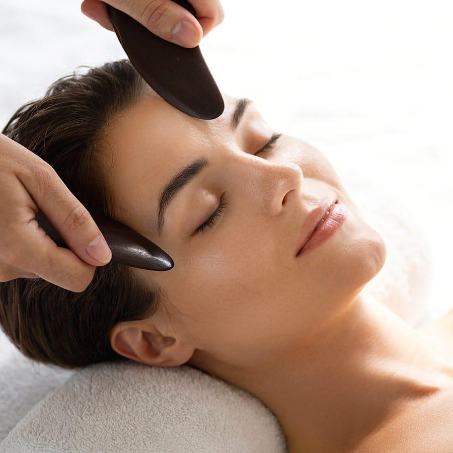 massage et soin holistique wesak paris gua sha horn obsidienne